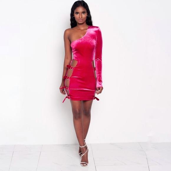 Velvet buckle dress
